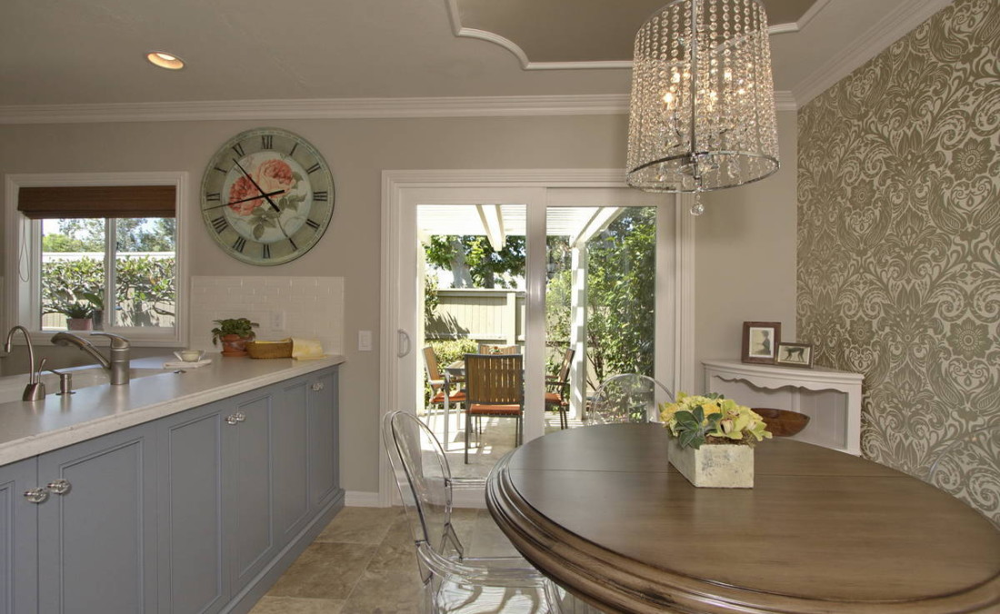 Dining Area with Silver Metallic Ceiling