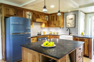 Green Design Farmhouse Kitchen