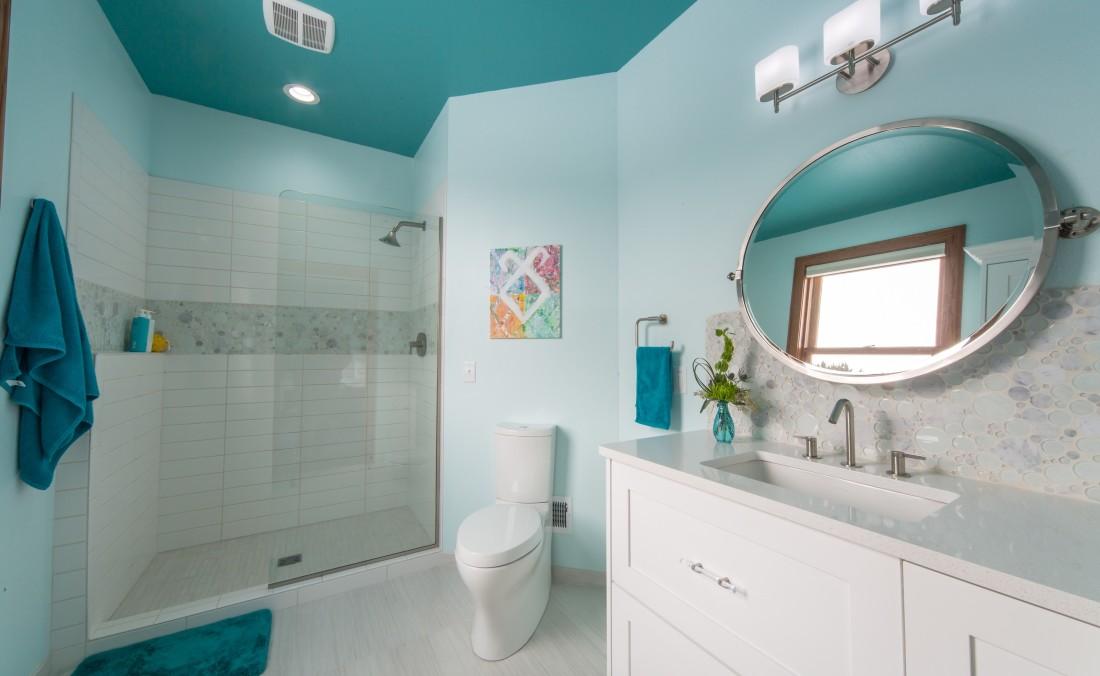 Teen Bath Design Blue